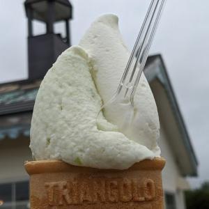 キャベツアイスにホワイトミルク(アイスキャロル:南幌町南9線西15)