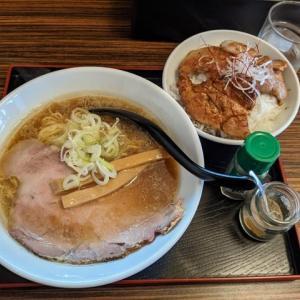 今日10/31で閉店:彩弥汰さんで、しょうゆラーメンとハーフ豚丼セット(旭川市東光3条4:2020年128杯目)