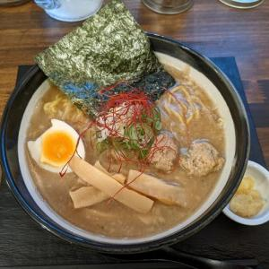 味噌ラーメン:知床鶏麺 CHICKEN CREST(札幌市白石区南郷通2南:2021年54杯目)