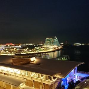 神戸の夜景をみながら贅沢なシャンパンタイム