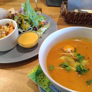 ヨガ後にぴったりなこだわり野菜スープ