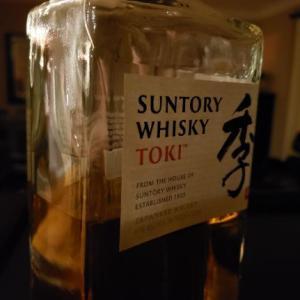 海外「スコッチしか飲まないんだと言いつつ日本のウィスキーを飲むやつ」