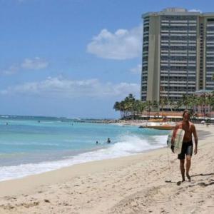 海外「ハワイは観光客が来なさ過ぎて大恐慌レベルのようだ」