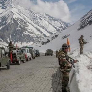 海外「インド軍と中国軍が紛争地域でつかみ合いの乱闘。インド兵20人が死亡する」