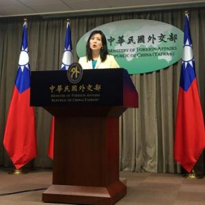 海外「中国人外交官からの物理攻撃を受けて、台湾が中国の外交をフーリガンと呼んでいるぞ」