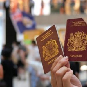 海外「中国がイギリスに香港人に市民権を与えないように警告する」