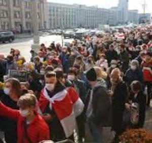 海外「ベラルーシで全国規模のストライキが始まったぞ!」