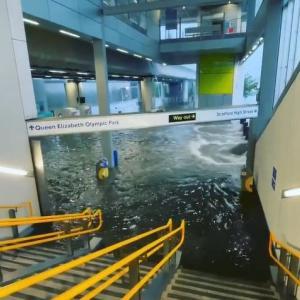 海外「ドイツ、ハンガリー、中国の次はロンドンで洪水が起きているようだ」