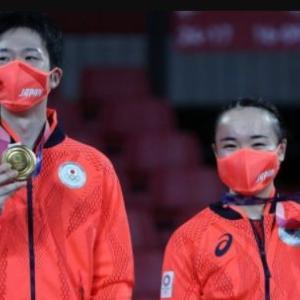 海外「日本卓球界初の金メダル。日本が卓球混合ダブルスで中国に大番狂わせの逆転勝利!」