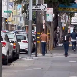 海外「マッドマックス化して街を破壊し人を襲う黒人」