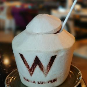 Wクアラルンプールの朝食:ちょっと個性的な朝食体験ができるホテルでした。