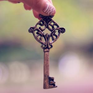 中古マンション購入後の鍵交換
