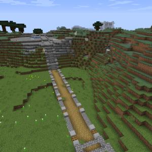 村から湿地帯へ続く道