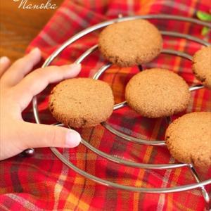姪と一緒に、おからパウダーを使った、ヘルシーなクッキーを作りました!