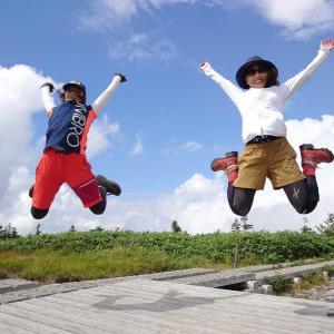 【長野、栄村】小赤沢コースで初めての苗場山へ。ガスガスからの逆転ホームランでテンションMAX💃広大な高層湿原を空中散歩の巻。2020年8月30日(日)