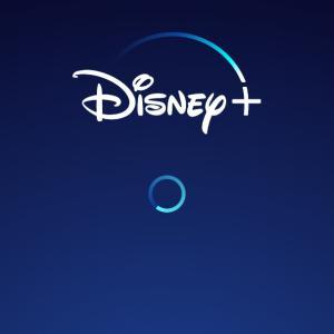 Disney+開始