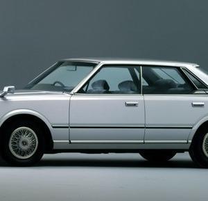 5代目 430系型 グロリア・セドリックというクルマが、かつてありました