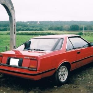 T140型コロナ2ドアハードトップGT-TR と T160型コロナクーペというトヨタのクルマがかつてありました
