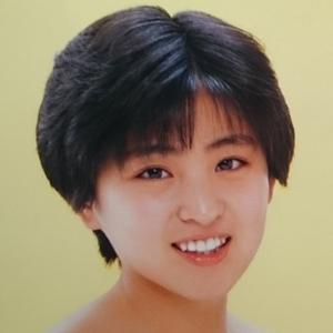 我妻佳代さん(1987年デビュー) あまり売れなかったけど、かなりかわいかったアイドル