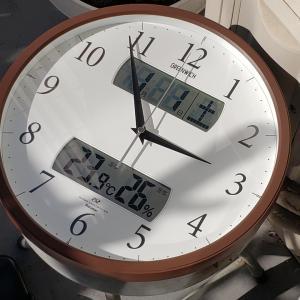 電波時計は嫌いだ~~!