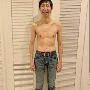 """【画像】アンガールズ山根の筋トレ""""ビフォーアフター""""wwwwww"""
