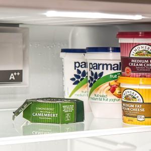 冷蔵庫のカビを綺麗に掃除する方法!グッズになるべく頼らず除去するには?