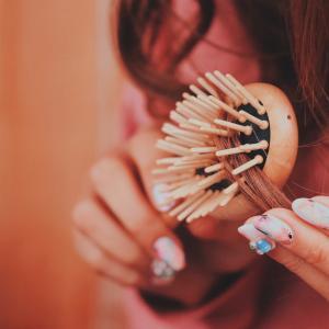 髪洗えない時の対策と対処方法!ベタベタを何とかしたい時はどうすればいいのか