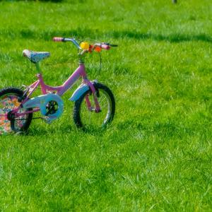 子供の自転車練習方法を向上させるには?場所は公園?補助輪は何歳ごろから外れる?