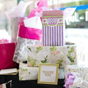 出産祝いの相場義理兄弟姉妹の場合はいくらが妥当?プレゼントはどうしたらいい?