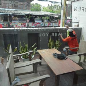 いつもの喫茶店は工事中