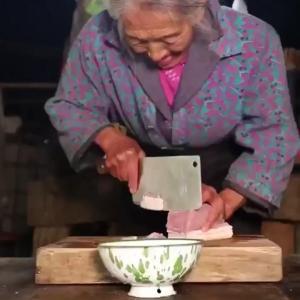 【中国のかわいいおばあちゃん作】中国伝統の卵餃子が美味そう過ぎでバズるwwwwwwww(画像あり)