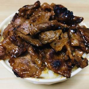 【にくにく】ワイが作ったこの肉うどん(焼肉もりもり)にいくら払える?(画像あり)