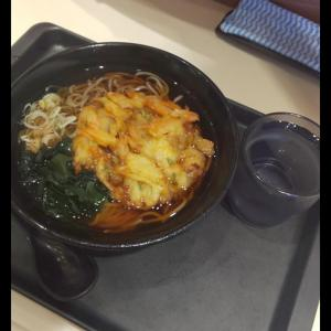 【富士vs箱根】どっちのかき揚げそばが食べたい????????(画像あり)