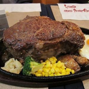 【悲報】彡(^)(^)「1キロのステーキ?ははは余裕やろwww」(画像あり)