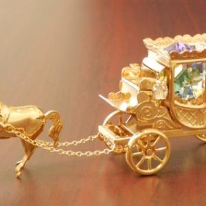 金色の馬車
