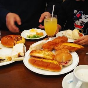 日曜日!パン食べ放題のモーニング♡