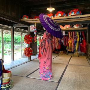 【沖縄民族衣装を着た娘❤️in沖縄】