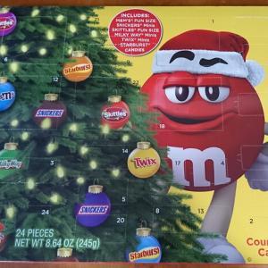 M&M'sアドベントカレンダーを開けました♪