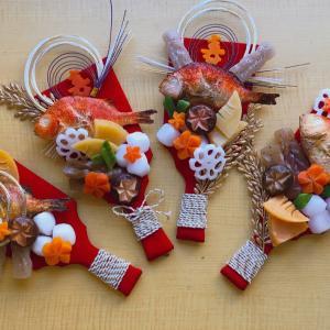 お正月は・・・・金ピカ羽子板でめで鯛な(๑¯﹀¯๑)