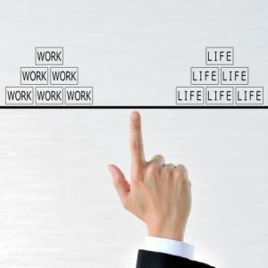 【節約一辺倒はもう卒業】資産形成と生活の満足度向上を両立させる