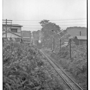 指扇付近で96列車を撮る  昭和43年9月川越線撮影日記