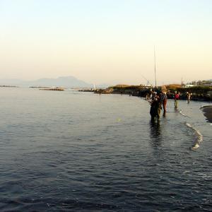 釣れないサケ釣りと…中華食べ放題