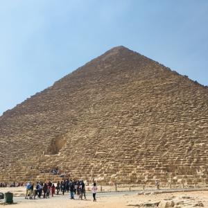 弾丸日帰りエジプト観光は効率的なツアーで!(ギザの三大ピラミッド、エジプト考古学博物館、ラクダ乗り)【世界一周5都市目☆カイロ】
