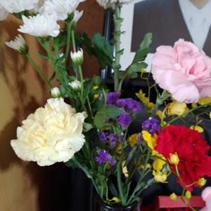 お花買ってきました(^^)
