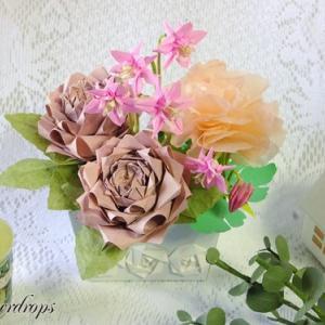 【折り紙】バラの寄せ植え風アレンジメント
