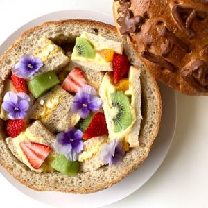 一升餅のパンバージョン『一升パン』