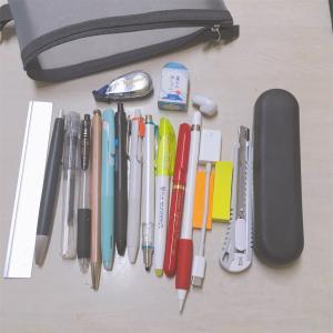 すぐデブるペンケースの整理と電卓