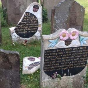 奴隷商人の銅像撤去への報復か?英の街で黒人の墓石が破壊される