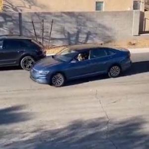 縦列駐車が苦手な女性ドライバーの動画、意外すぎるラストが話題に