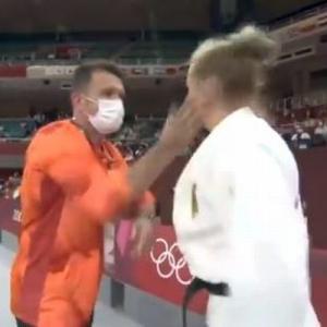 ドイツ女子柔道のコーチが選手に往復ビンタ、過激な気合の入れ方に心配の声